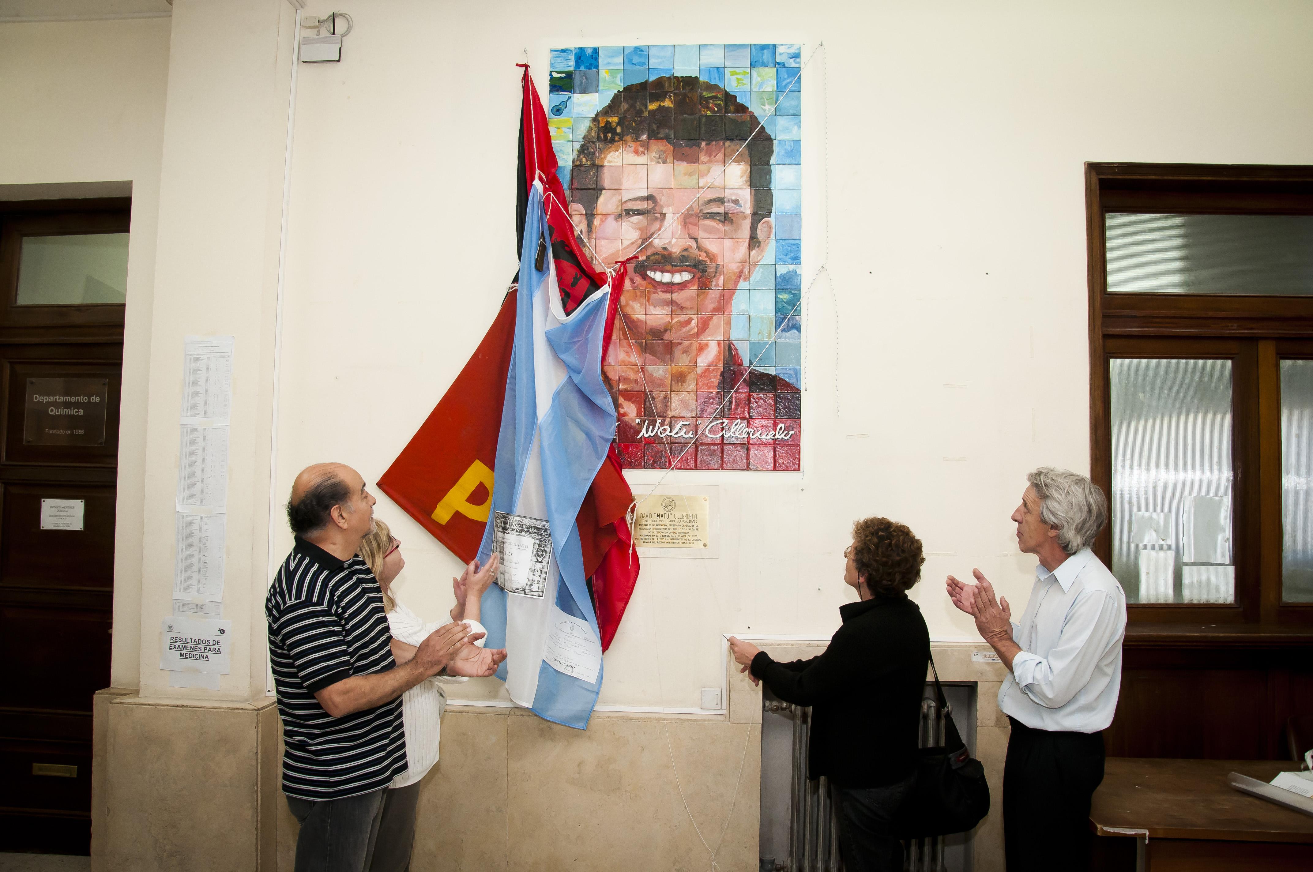 Descubrimiento mural homenaje a Watu - Hall central Complejo Alem