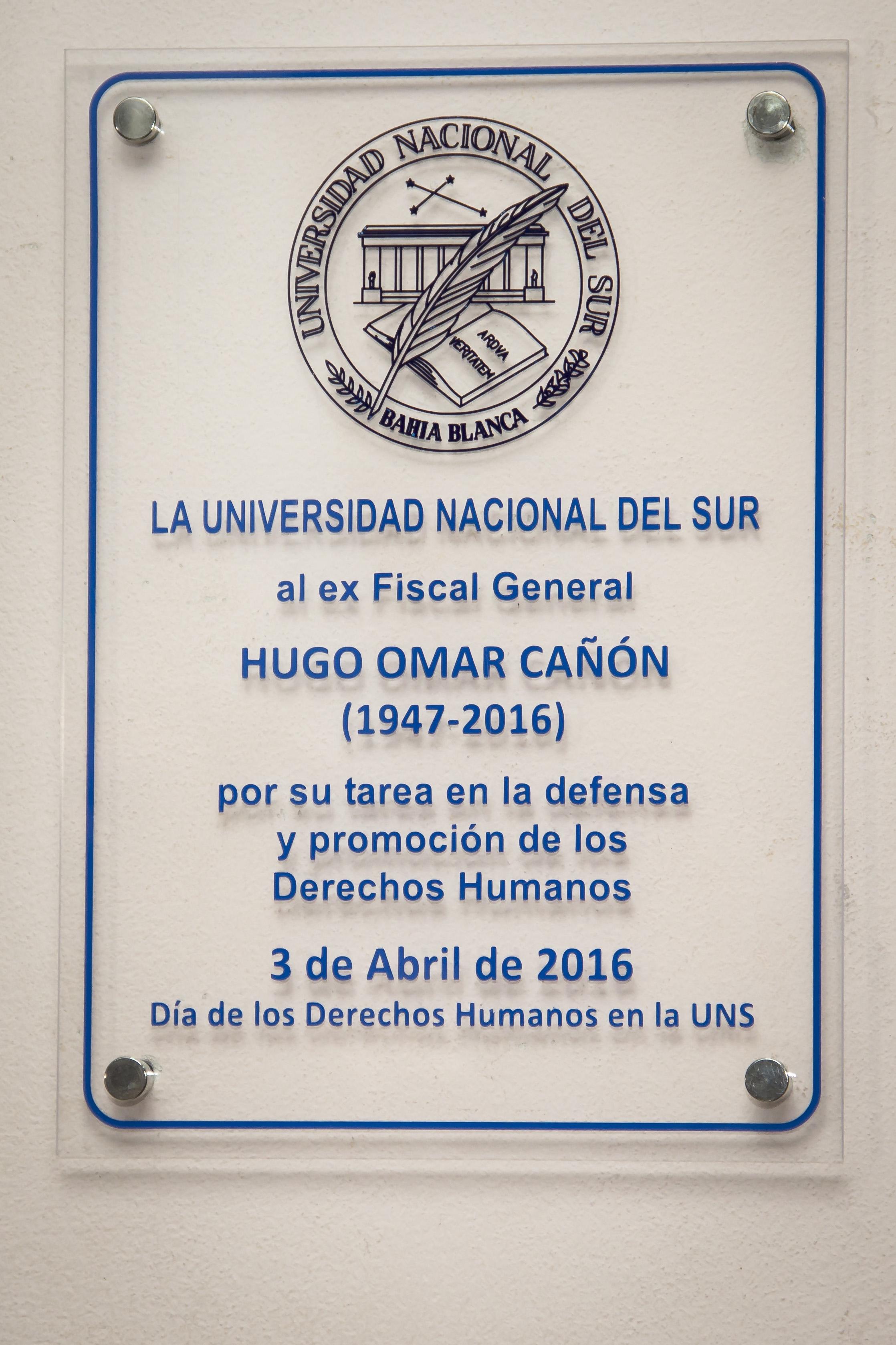 Homenaje a Hugo Cañón