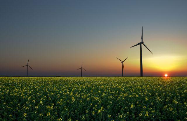 Imagen noticia: Cursos de posgrado sobre Energías Renovables