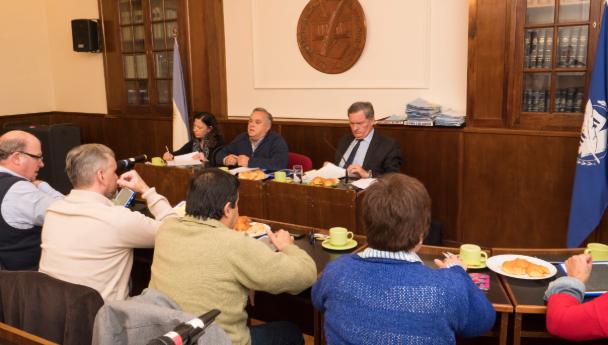 """Imagen Noticia: El Consejo Superior expresó su rechazo a """"toda política de reducción presup"""