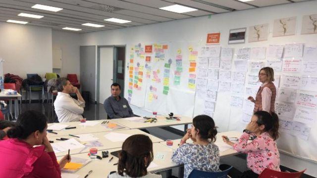imagen de la noticia: Una de las reuniones de trabajo en TecnoCampus