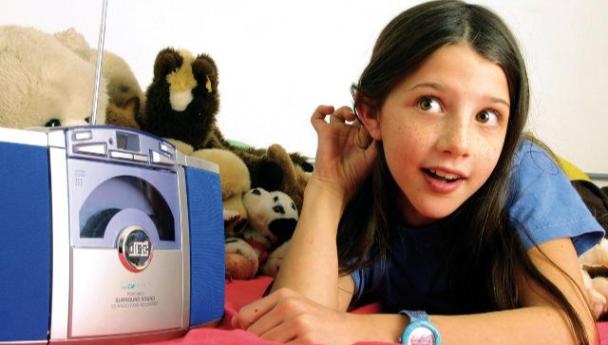 """Imagen Noticia: Radio Universidad continúa la emisión de """"Seguimos Educando"""""""