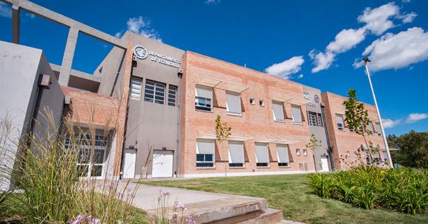 Fotografía Edificio Departamento de Economía - Campus Palihue